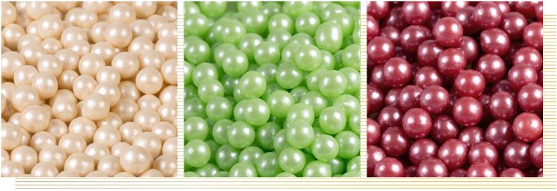 Decorazioni-sferiche-perlate-oro-rosso-verde